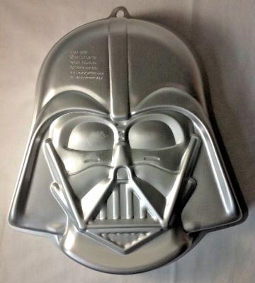 Wilton Star Wars Darth Vader Cake Pan New 2012 Version 2105 3035 Aluminum
