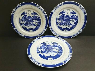 Chinese Export Porcelain 3 Luncheon Plates Blue And White Canton Plate Dish Set