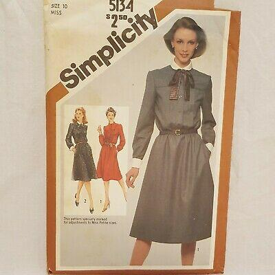 Misses Dress Collar Cuffs Bow Sewing Pattern SImplicity 5134 Size 10 Vintage 80s
