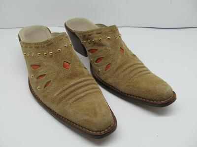 Cole Haan D186363 Womens Tan Snip Toe Mules Gold Studded Boots Size US 9.5 B