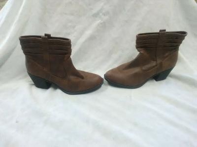 Womens' Arizona Leather Ankle Boots- Size 8 1/2 M- Style Garber- Brown Color