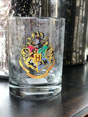 Universal Studio Harry Potter Hogwarts Crest Stain Short Glass Cup New