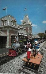 disneyland train railroad station depot mickey donald duck pic...