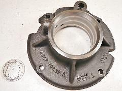 77 FORD C6 335 AUTOMATIC TRANSMISSION OIL DISTRIBUTION COVER S...