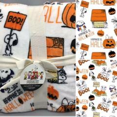 Peanuts Berkshire Halloween Blanket VelvetSoft Throw Great Pum...