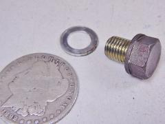 82 HONDA C70 C 70 PASSPORT OIL DRAIN PLUG BOLT