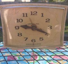 Vintage General Electric Alarm Clock Model 7316 K - Works GRE...