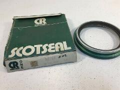 (1) CR Scotseal 48794 Oil Seal CR48794 Chicago Rawhide
