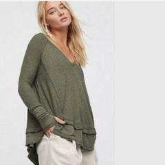 FREE PEOPLE Laguna SLouchy Thermal Top Green Medium M NWT