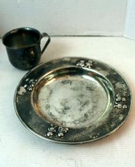 silver plated childs cup and plate with teddy bear design