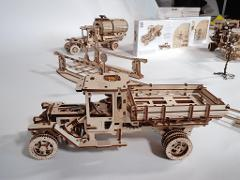 UMG11 Truck - Accessories UGEARS 3D mechanical wooden model