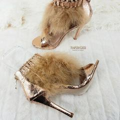Cape Suzy 79 T-Strap Feather Sandal 4.5