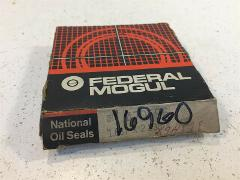 (1) Federal Mogul National 473466 Oil and Grease Seal - New Ol...