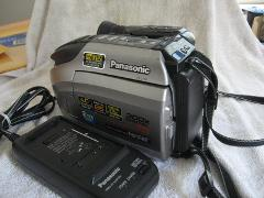 Panasonic PV-L759 Palmcorder Camcorder (Discontinued by Manufa...