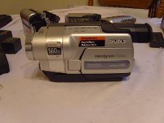 Sony CCD-TRV318 Hi8 Camcorder w/ 2.5