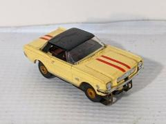 Aurora 1964 Mustang Hard Top Yellow Black Top Red Stripe H.O. ...