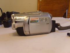 Panasonic PV-GS300 3.1MP 3CCD MiniDV Camcorder w/10x Optical I...