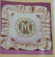 Vintage Creative Circle Springtime Initial Pillow Kit 466 Flow...
