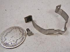 99 OMC EVINRUDE 115 CAPACITOR CONDENSER MOUNTING CLAMP BRACKET
