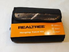 Realtree Hanging Travel Kit 41RN220Z01 Black 4 Interior Compar...