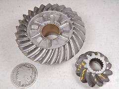 99 OMC EVINRUDE 115HP RING & PINION FINAL DRIVE GEAR OR PAPERW...