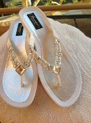 GRANDCO SANDAL MOONLIGHT THONG WHITE SOLE GORGEOUS