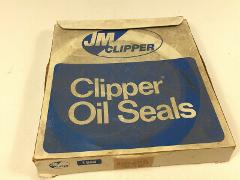 (1) Clipper 0493-08801 Oil and Grease Seal - New Old Stock