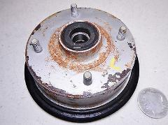 91 SUZUKI LT160E QUADSPORT LEFT SIDE FRONT WHEEL HUB