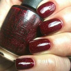 OPI Mariah UNDERNEATH THE MISTLETOE Burgundy Red Glitter Nail ...