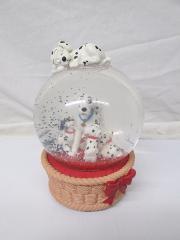 Disney Store 101 DalmatiansMusic Box Snow Globe Doggie in the...