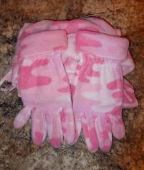 Girl Youth Size Midwest Gloves & Gear 3-Piece Fleece Pink Hat,...