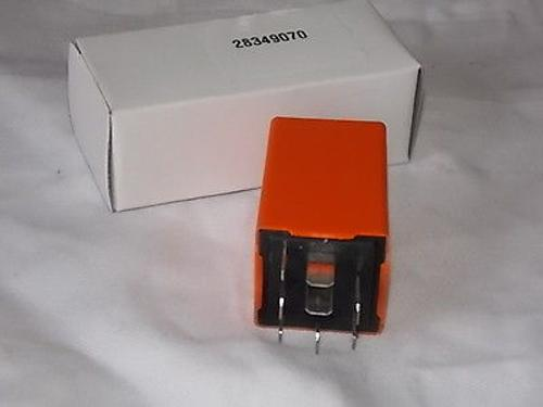 SAAB 9 3 AERO SE CONVERTIBLE TURBO ORANGE headlamp check RELAY 4109070 NEW